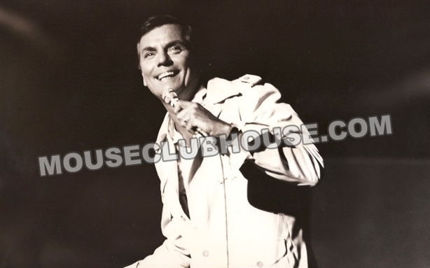 Peter Marshall, singing