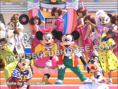 Alyja designed all the '50s costumes and overdressings for this Tokyo Disneyland show from Minnie's poodle skirt to Dale's slicked back hair